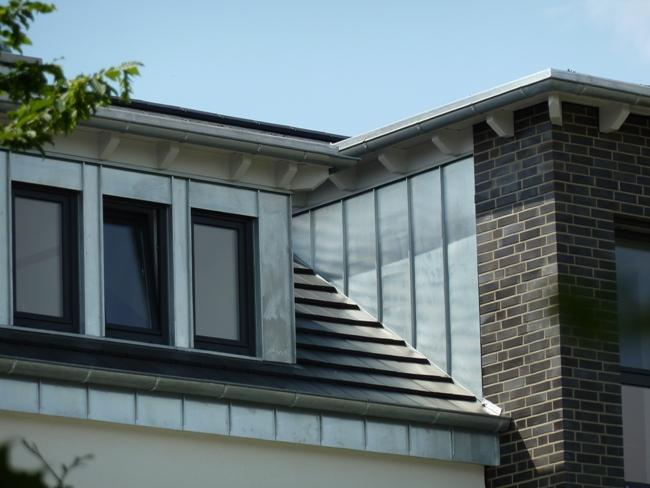 dachdecker und zimmerer innung bielefeld neubau eines mehrfamilienhauses. Black Bedroom Furniture Sets. Home Design Ideas